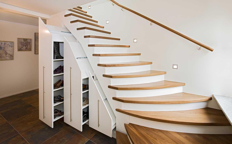 Genial Schrank Unter Offener Treppe Selber Bauen Dekoration Von Komplett Modern Trend Magic . Wohnung Kleiderschrank